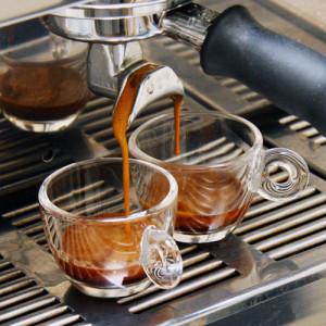 Cafés especiais são consumidos fora e dentro de casa